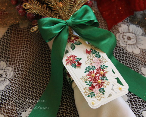 poinsettia-green-napkin-2.jpg