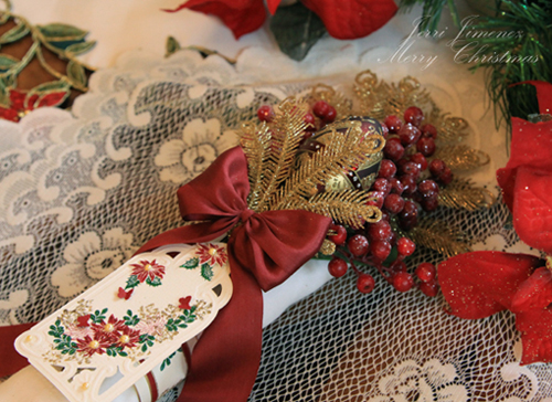 poinsettia-red-napkin-2.jpg