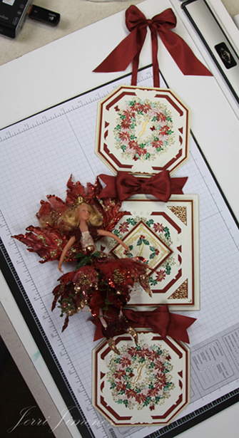 poinsettia-wall-hanging-24.jpg